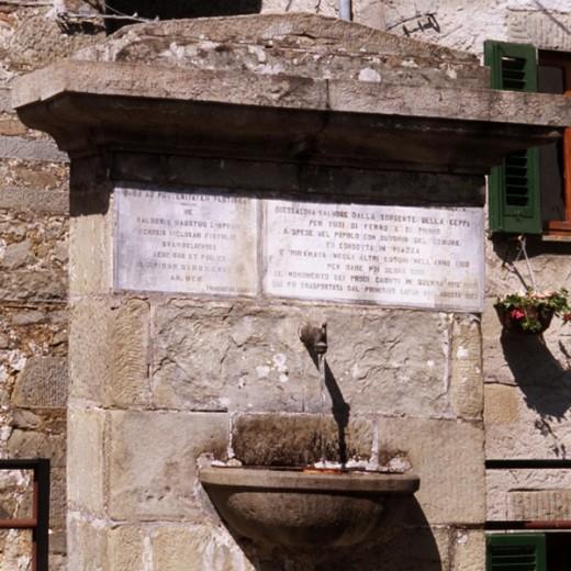 Bagni di lucca terme paesi di bagni di lucca brandeglio - Terme di bagni di lucca ...